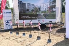 2019-08-26 Symboliczne wbicie łopaty pod budowę 201 mieszkań z rządowego Programu Mieszkanie Plus