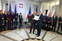 2019-10-24 Jan Warzecha odebrał zaświadczenie o wyborze na posła na Sejm IX kadencji